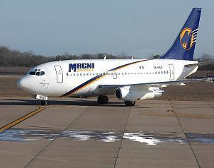 Magnicharters Boeing 737-300