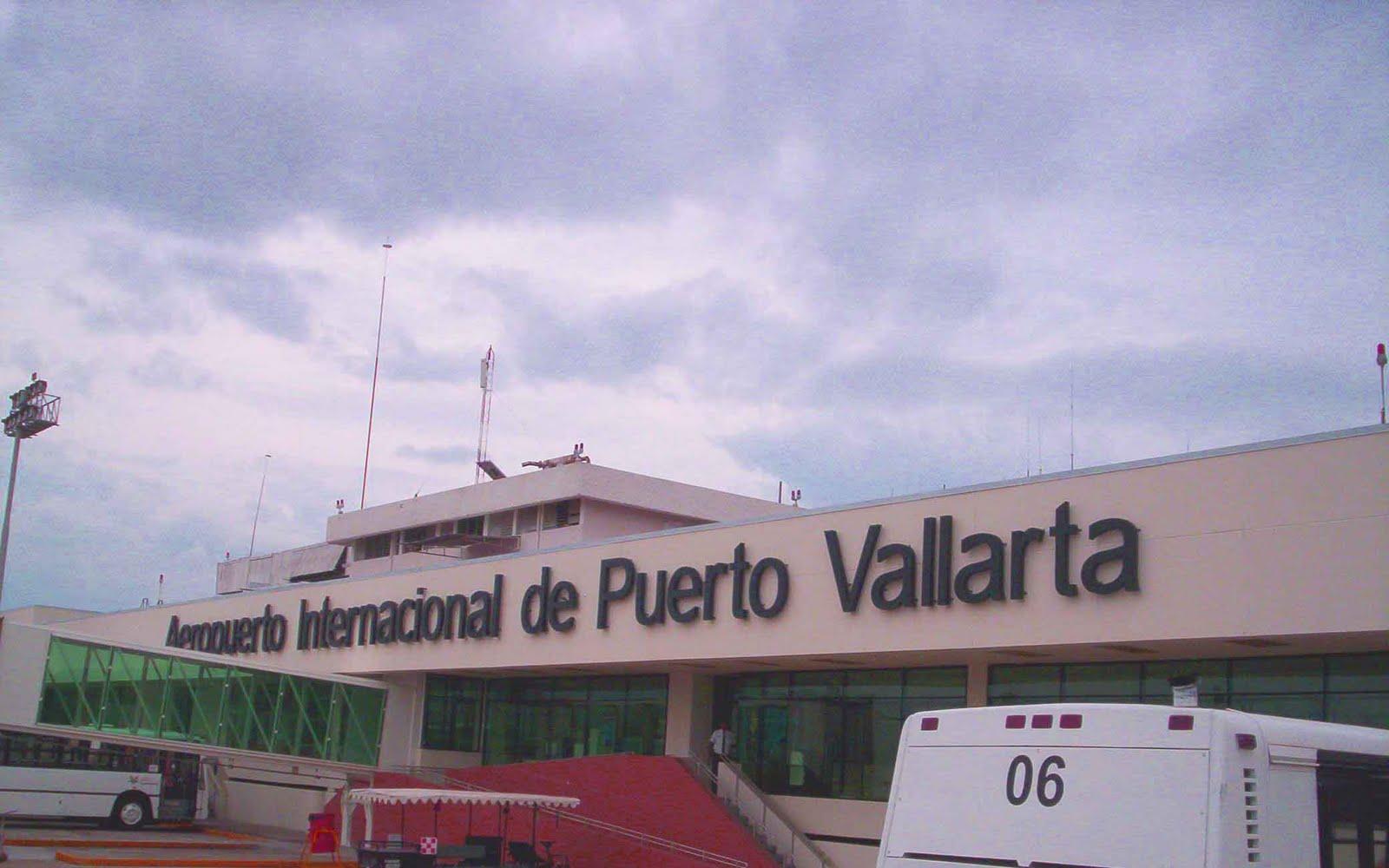 Aeropuerto Internacional de Puerto Vallarta (Lic. Gustavo Díaz Ordaz) -  Aerolíneas Mexicanas