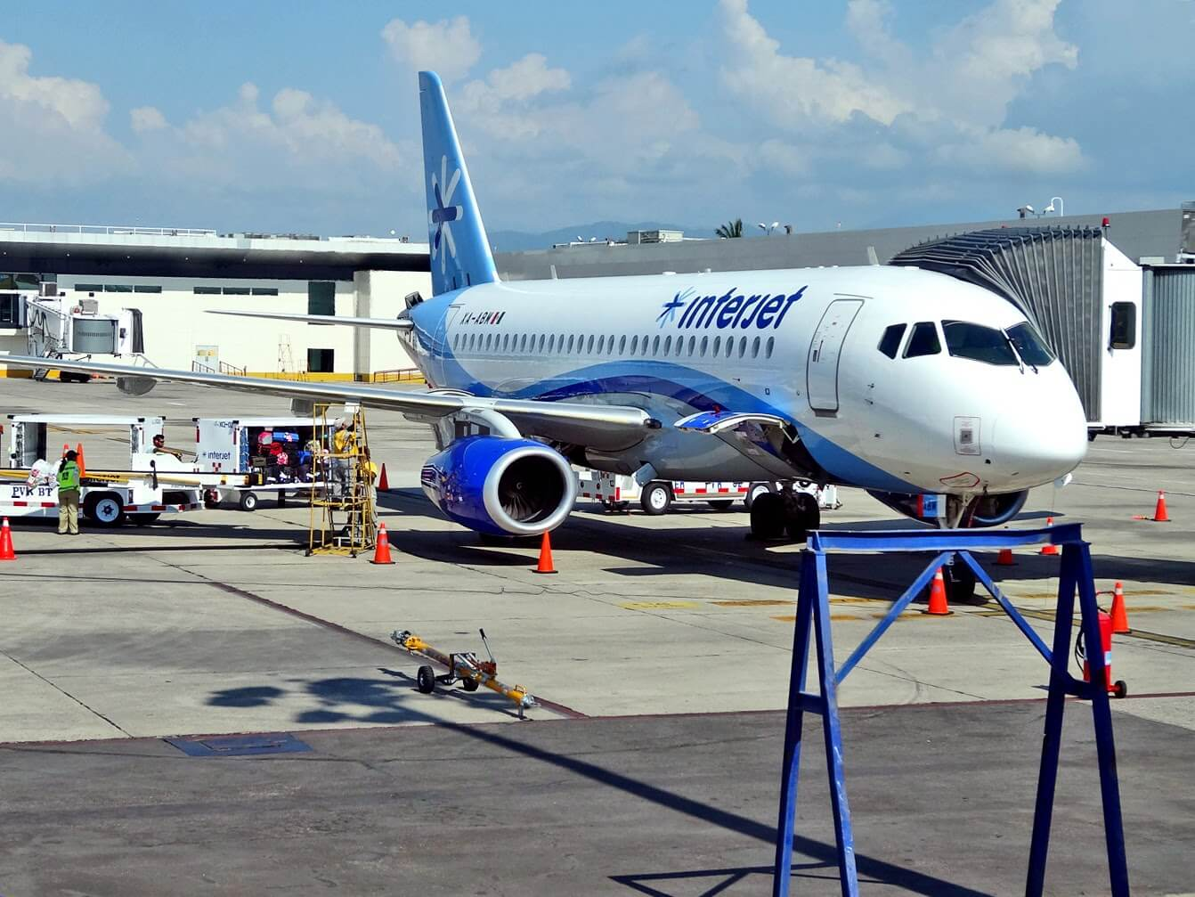 Copy of aeropuerto-puerto-vallarta01